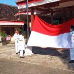Kecamatan Jatiroto Upacara Pengibaran Bendera Memperingati HUT RI ke-76